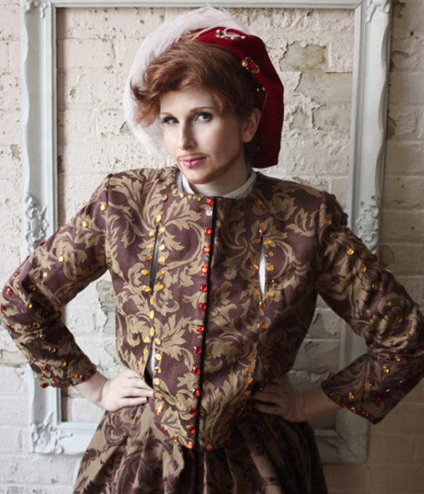 INTERVIEW: Henrietta VIII