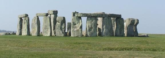 stonehenge-1220600