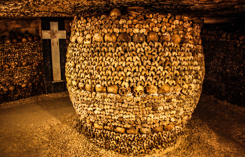 Month of Macabre: The Catacombes of Paris